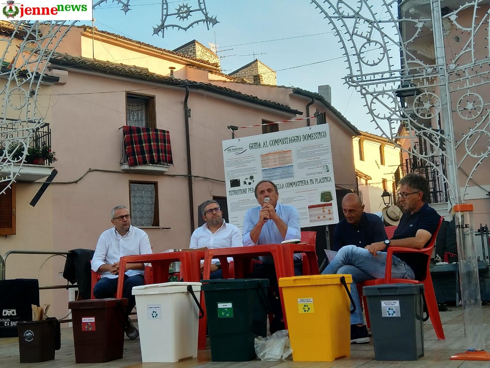 Al via a Jenne il nuovo sistema di compostaggio domestico: riduzione dei costi, innovazione e rispetto dell'ambiente
