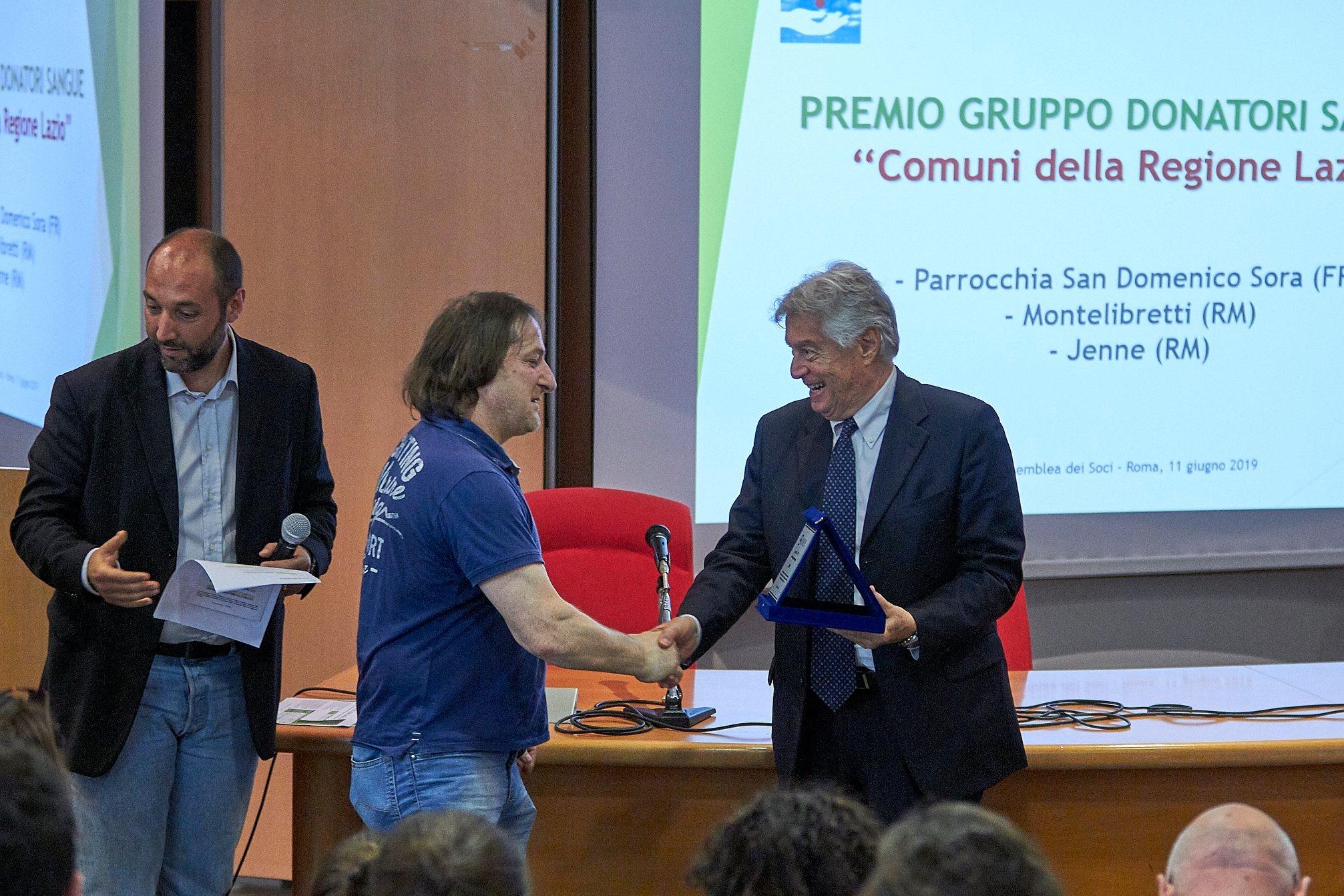 Donatori di sangue, il gruppo di Jenne premiato a Roma