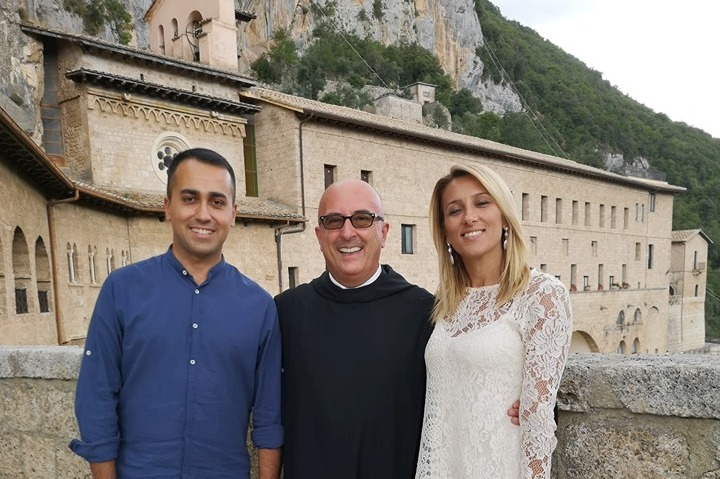 Il Ministro degli Esteri Di Maio in visita a sorpresa ai Monasteri Benedettini di Subiaco