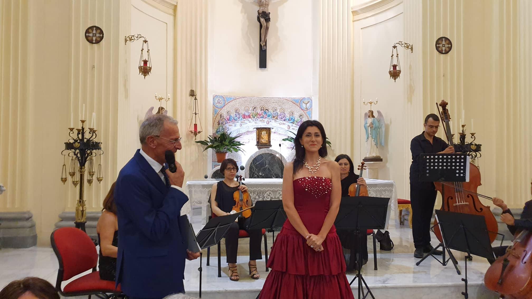 Gran Concerto di fine anno a Jenne con il soprano Angela Nicoli, coro ed orchestra top level
