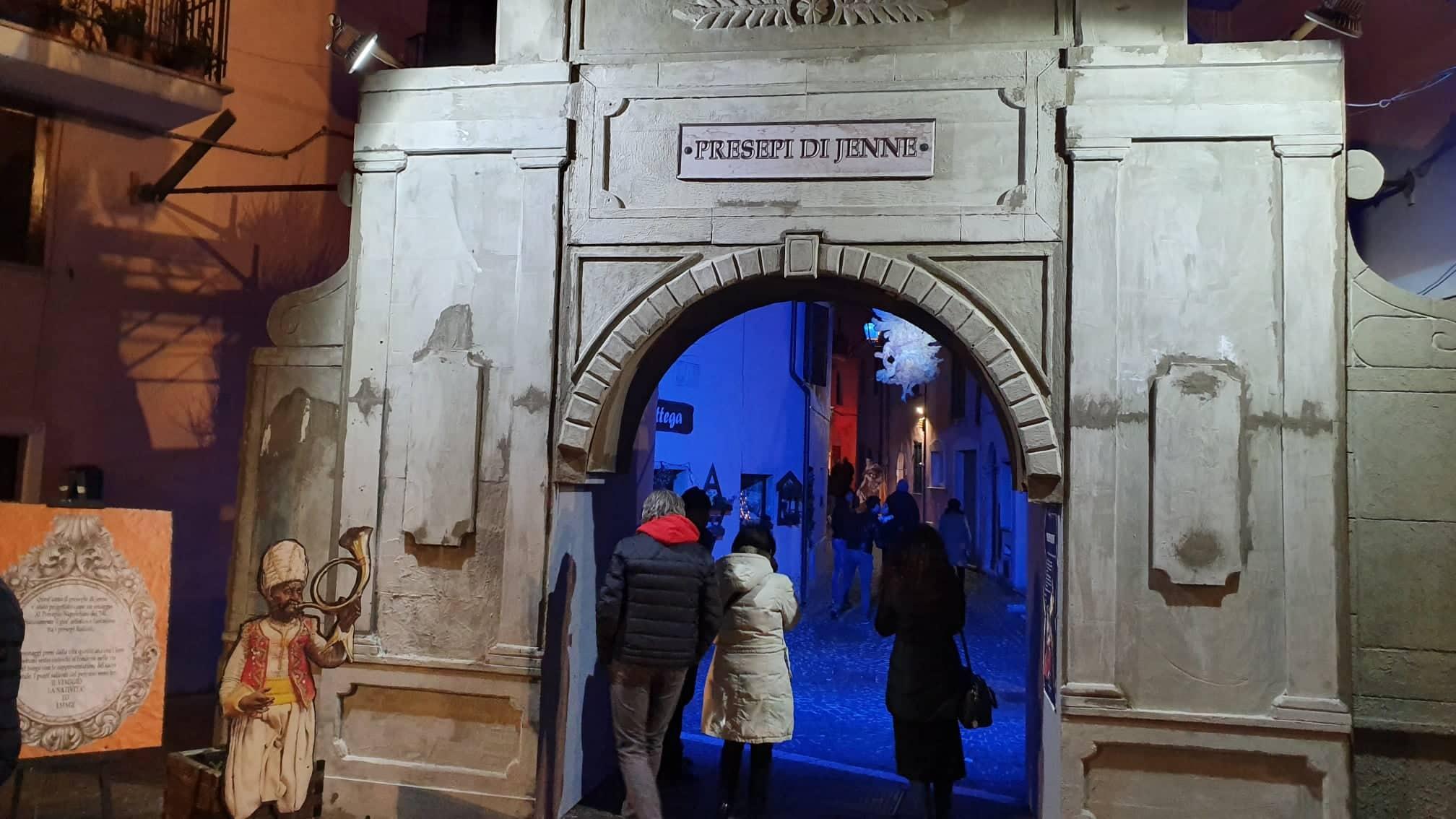 Nei presepi di Jenne rivive la tradizione settecentesca napoletana