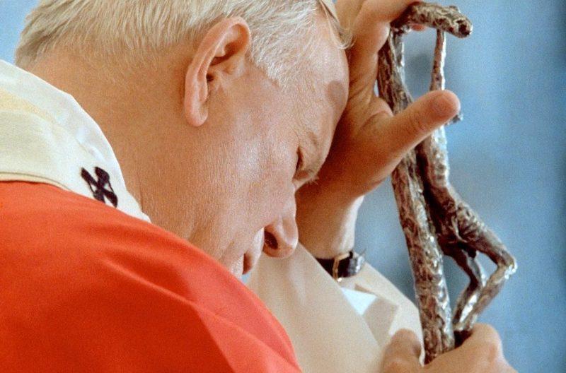 """Da Jenne la veglia di preghiera """"Totus tuus"""" dedicata a San Giovanni Paolo II"""