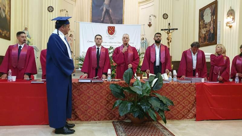 Accademia di medicina osteopatica, conferita a Jenne la laurea honoris causa al sindaco Giorgio Pacchiarotti