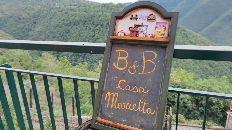 """Il """"B&B Casa Marietta"""" al Largo dei Prati di Jenne"""